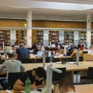Hier wird auch viel Mathe gelernt: die Bibliothek der Rechts- und Wirtschaftswissenschaften in der Uni Frankfurt