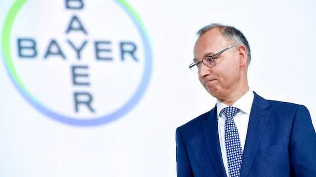 Werner Baumann ist der  Vorstandsvorsitzende der Bayer AG.