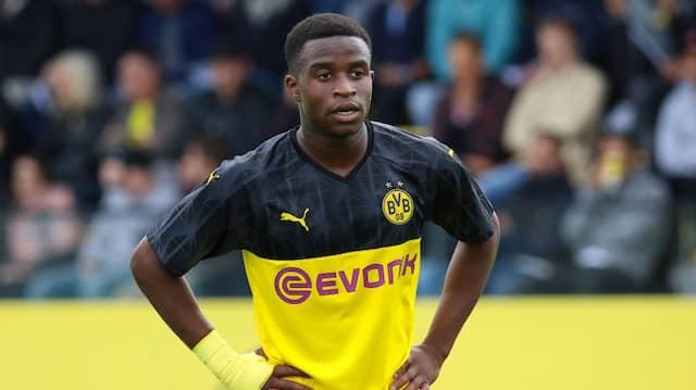 Alt genug für die Großen: Dortmunds Nachwuchstalent Youssoufa Moukoko