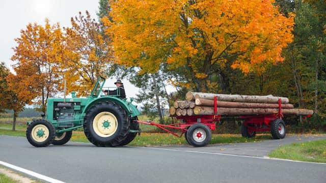Deutschland traktoren autoscout24 Gebrauchte Traktoranhänger