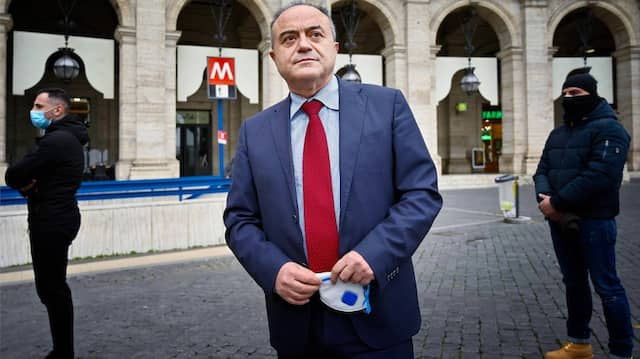 Der Antimafia-Staatsanwalt: Nicola Gratteri hat in den vergangenen Tagen in ganz Italien Razzien gegen weitere gut 50 Verdächtige veranlasst.