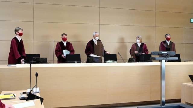 Auf ihr Wort kommt es in den Dieselklagen an: Die Richterinnen und Richter am 6. Zivilsenat des Bundesgerichtshofs in Karlsruhe.