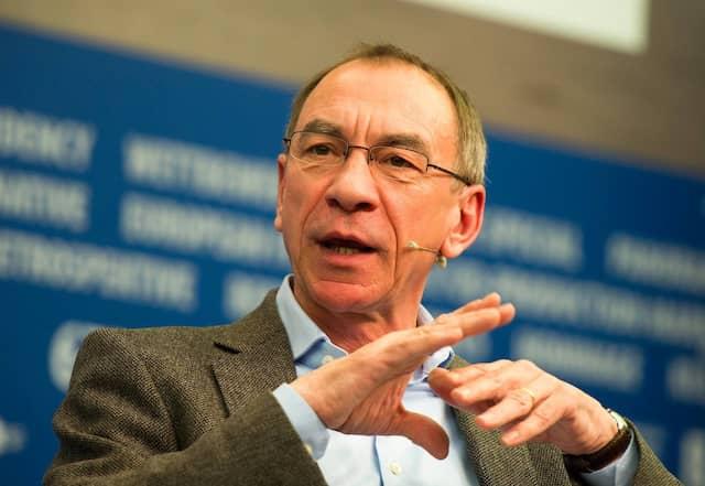 Rainer Rother ist Künstlerischer Direktor der Deutschen Kinemathek in Berlin.