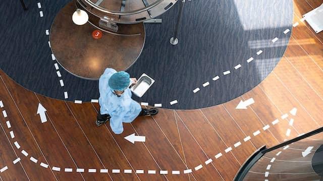 Klare Linienführung: Testzentrum im Dresdener Restaurant Schwerelos.
