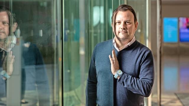 Carlo Kölzer, 48, Gründer der Devisenhandelsplattform 360T und von 360X, im Foyer des Westend Carrees in Frankfurt.