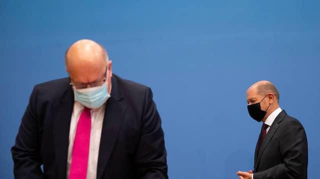 Peter Altmaier und Olaf Scholz bei der Präsentation der wirtschaftlichen Unterstützungsmaßnahmen im Zusammenhang mit der Pandemiebekämpfung 29.10.2020