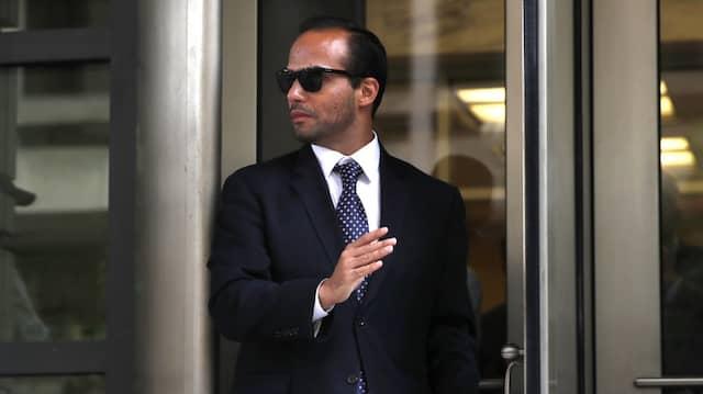 Trumps ehemaliger Wahlkampfberater George Papadopoulos wurde wegen Falschaussage zu 14 Tagen Haft verurteilt.