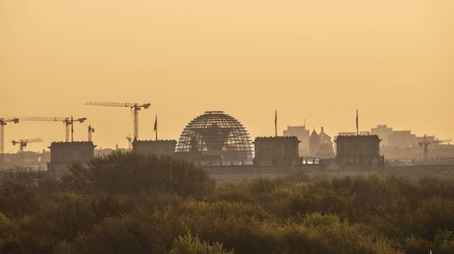 Das Dach des Reichstages in Berlin