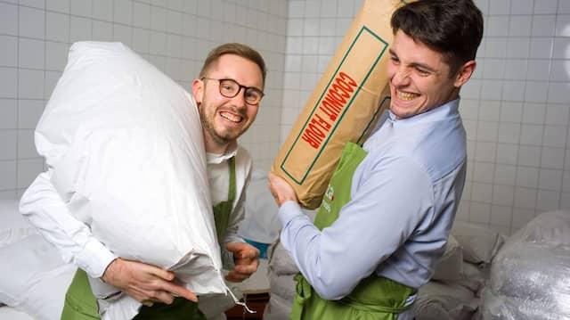 Pizzateigbäcker: Lizza-Gründer Marc Schlegel (l.) und Matthias Kramer