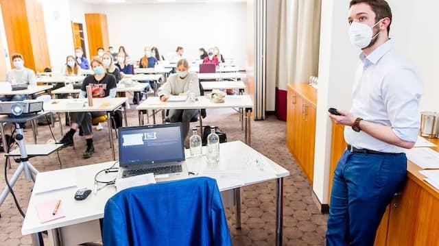 Die Prüfungsvorbereitung zum Hotelfachmann im Best Western Hotel in Frankfurt