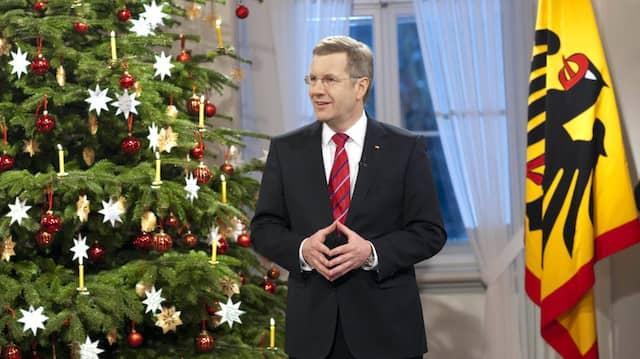 Bundespräsident Christian Wulff bei der Auszeichnung seiner Weihnachtsansprache 2010 im Schloss Bellevue.