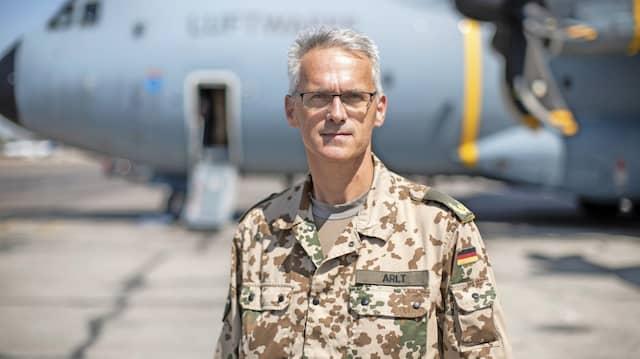 Porträt von Brigadegeneral Jens Arlt in Taschkent