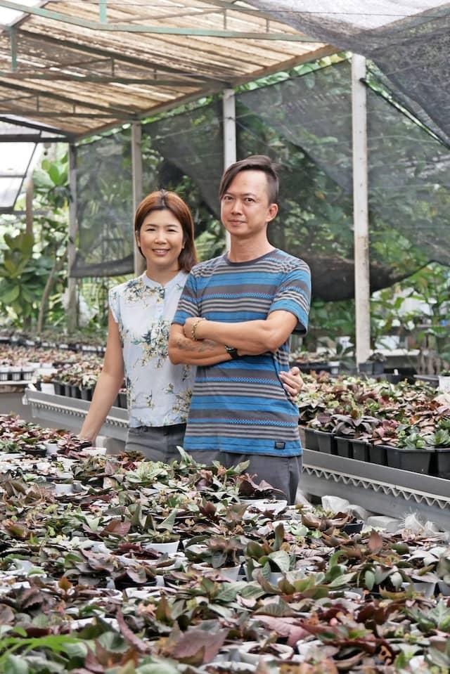 Santiporn Sangchai mit Ehefrau.