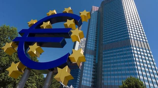 Das Euro-Zeichen in Frankfurt