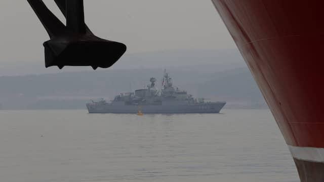 Ein Schiff der türkischen Marine im Juni im Hafen von Istanbul