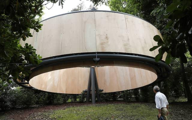 Zum ersten Mal dabei: der Vatikan - mit einer Installation des aus Paraguay stammenden Architekten Javier Corvalán