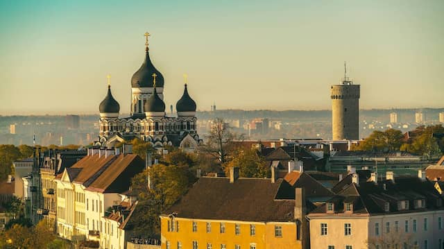 Estnische Romane von Viivi Luik und Karl Ristikivi