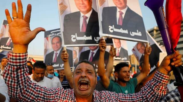 Regierungstreue Demonstration für Ägyptens Präsidenten Abdel Fattah Al-Sisi am 2. Oktober 2020