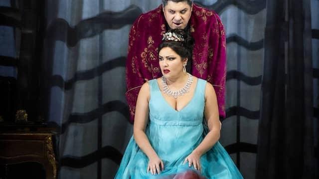 Anna Netrebko als Tosca und Luca Salsi als Scarpia