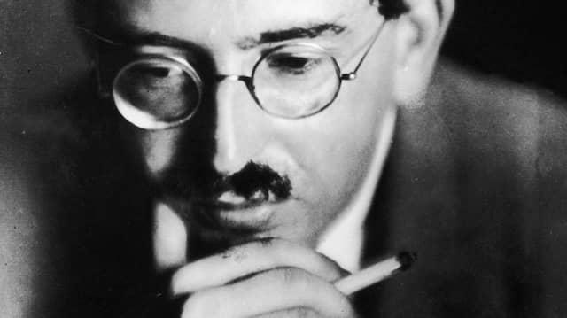 Sein Leben und Werk zeigen: Walter Benjamin um 1925