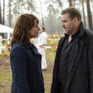Überraschung: Lemp (Felix Vörtler) erscheint geschockt am Tatort und erfährt von Brasch (Claudia Michelsen) von dem Mord an Jessica.