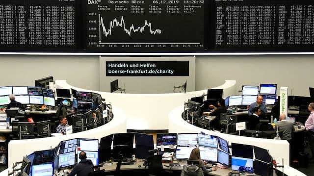 Die Anleger warten auf diese Woche einmal mehr auf Antworten bei Brexit und Zollstreit.