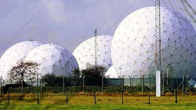 Satellitenabhöranlage in Menwith Hill, England