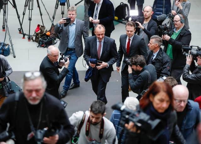 Friedrich Merz kommt in die Berliner Bundespressekonferenz