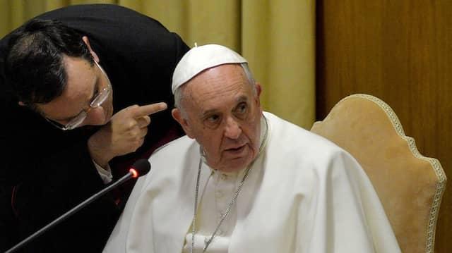 Papst Franziskus während einer Videokonferenz am 5. Februar in Rom.