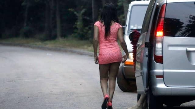 Straßenstrich duisburg Corona: Prostitution