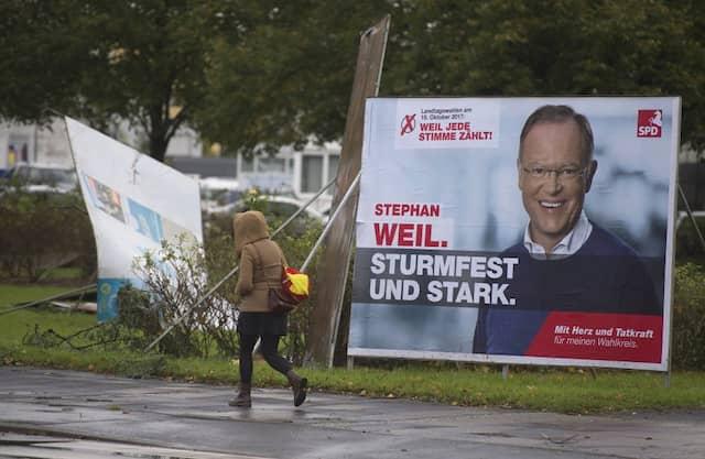 """Sturmfester als die anderen Kandidaten? Mit dem Slogan """"Sturmfest und stark"""" nimmt Weil Bezug auf die inoffizielle Landeshymne."""