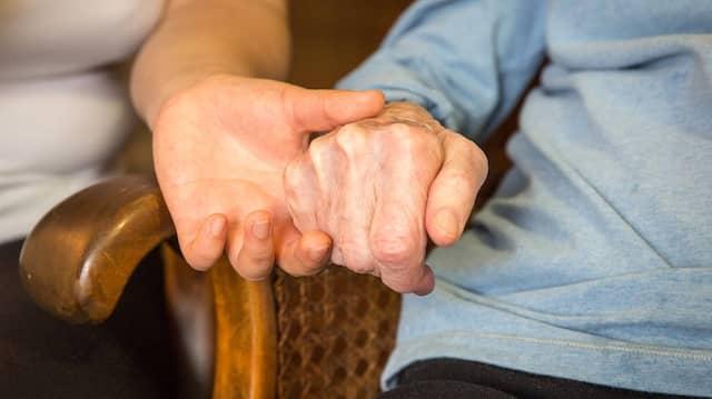 Pflegekräfte: Mehr als 1250 Anträge auf Berufsanerkennung