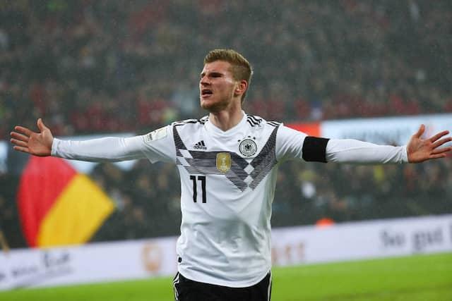 Werner jubelt über sein Tor: Deutschland geht ungeschlagen durchs Fußball-Jahr