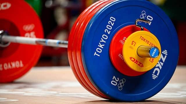 Ob Gewichtheben auch 2024 noch olympisch ist, ist unsicher.
