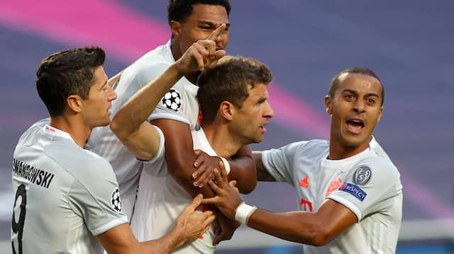 Der Anfang von Barcas Ende: Müller markierte gleich das frühe 1:0.