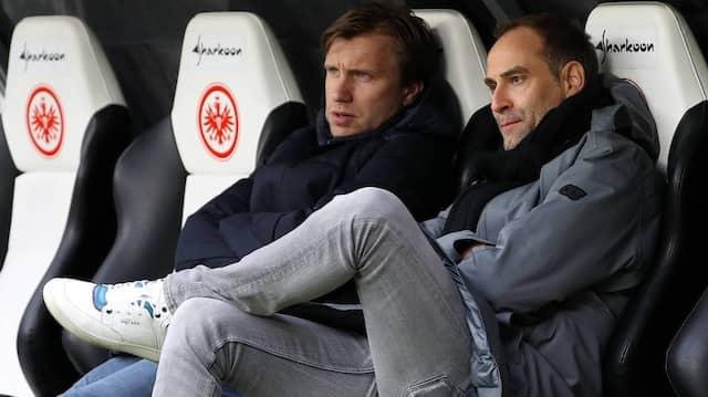 Markus Krösche, hier mit dem Leipziger Vorstandsvorsitzenden Oliver Mintzlaff (rechts), weiß schon, wie sich die Eintracht-Sitze anfühlen.