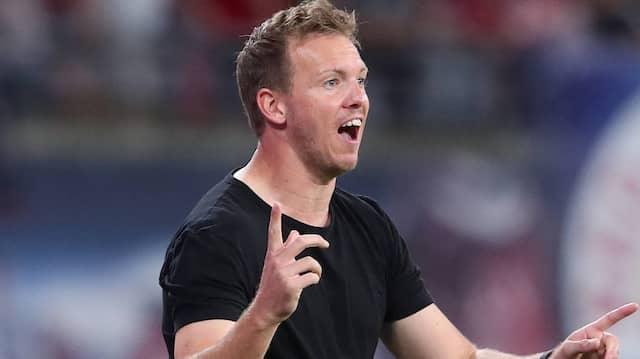 """Erkennt beim FC Barcelona noch immer eine große """"Strahlkraft"""": Münchens Trainer Julian Nagelsmann"""