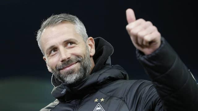 Auf Platz eins lässt sich lächeln: Gladbach-Trainer Marco Rose