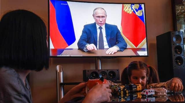 Die Lage ist auch in Russland ernst: Wladimir Putin hält schon wieder eine TV-Ansprache.