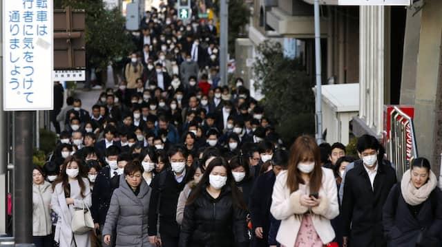 Berufsverkehr in Tokio