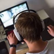 Virtuell-real: Ob Sport oder E-Sport, ein Laptop gibt etwa für Jugendliche in diesen Corona-Tagen eine Menge Abwechslung her