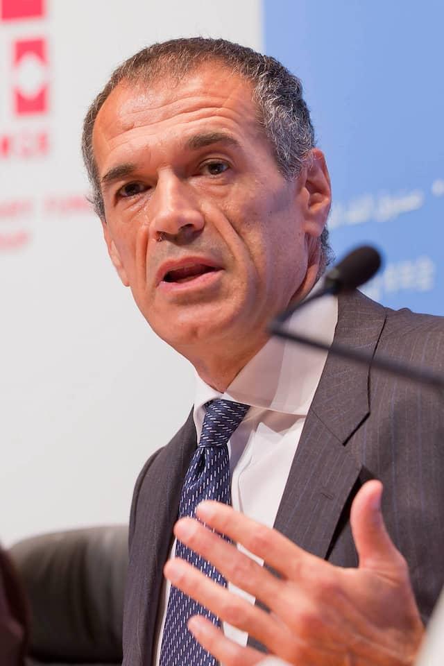 Im Gespräch als Chef einer Technokraten-Regierung: Der ehemalige IWF-Ökonome Carlo Cottarelli (Archivbild von 2012).