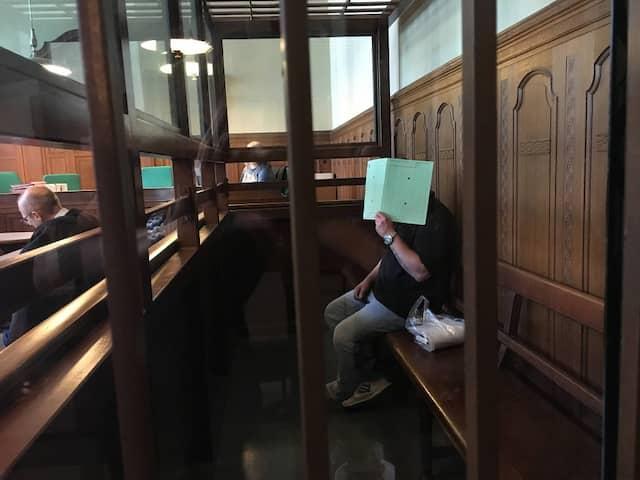 Prozessauftakt in Berlin: Nelson B. soll seine Exfreundin Maria erstochen haben