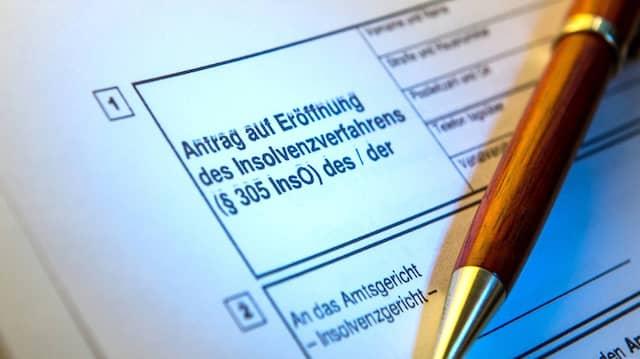 Firmen, denen die zustehende staatliche November-Hilfe noch nicht ausgezahlt wurde, sind von der Pflicht zur Insolvenzantragsstellung befreit. (Symbolbild)