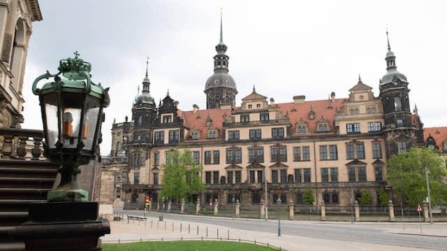 Das Residenzschloss mit dem Historischen Grünen Gewölbe der Staatlichen Kunstsammlungen Dresden