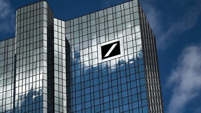 Die Deutsche Bank kann sich günstig refinanzieren.