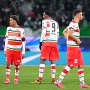 Ratlose Gesichter: Die Mainzer Jean-Paul Boetius (l.), Jean-Philippe Mateta (Mitte) und Karim Onisiwo nach der Partie beim VfL
