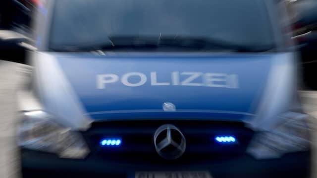 Die Polizei nahm drei Beschuldigte vorläufig fest. (Symbolbild)