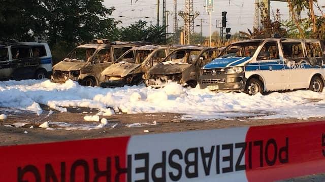 Der entstandene Schaden wird auf rund 750 000 Euro geschätzt.