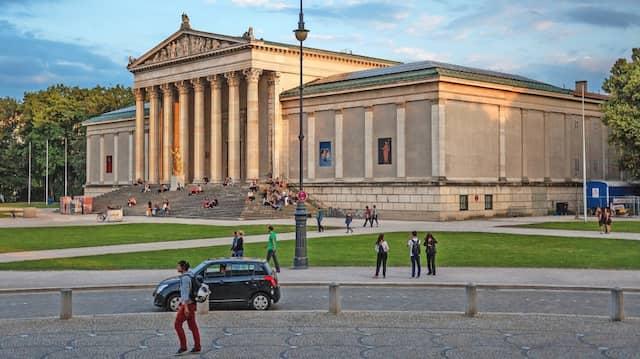 Münchens magische Momente: Am Königsplatz und um ihn herum will im September die neue IAA starten.